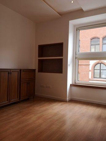 Klimatyczne, wyremontowane  2 pokojowe mieszkanie