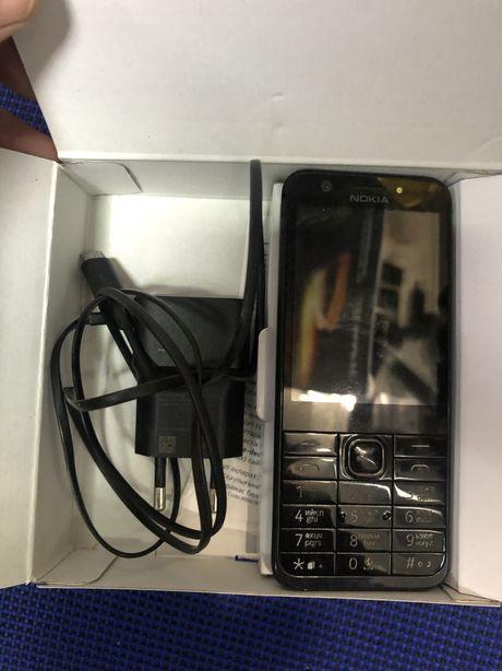 Мобильный телефон кнопочный Nokia 230 dual sim