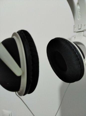 Słuchawki STEREO z kablem regulowane