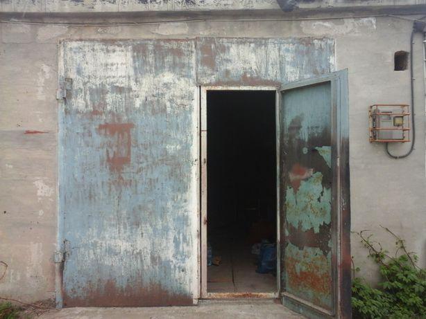 Продам каменный гараж на искре 5
