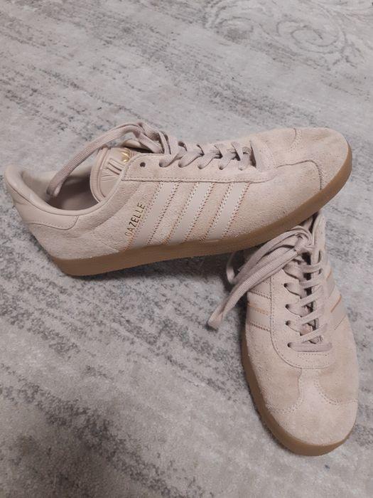 Продам кросівки Adidas Ровно - изображение 1