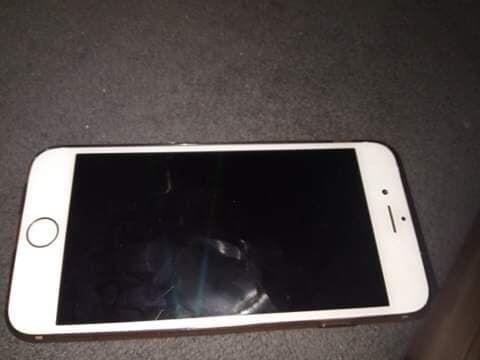 Spprzedam Iphone 6s