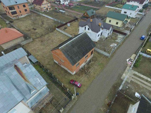 Продам дім з земельною ділянкою Івано-Франківськ Черніїв
