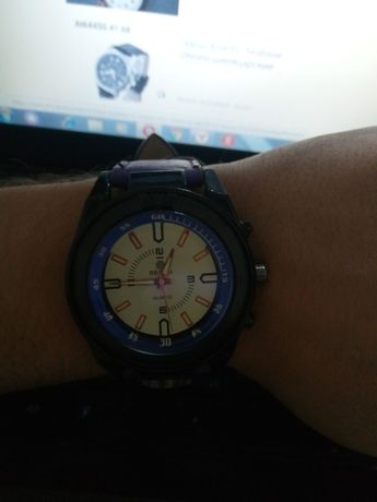 часы 300р