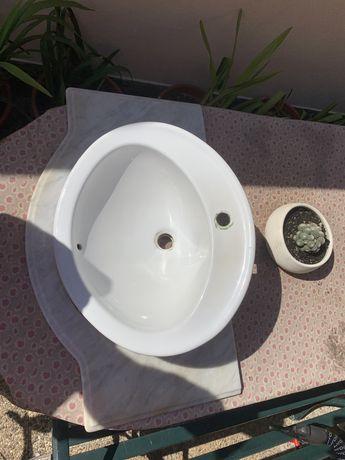 Pedra marmore e lavatorio wc
