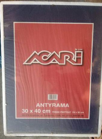 Antyrama 30x40 cm