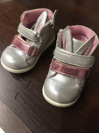 Ботиночки для малышки 18 р