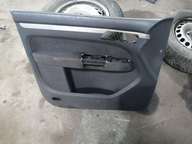 VW touran boczek tapicerka drzwi kierowcy listwa