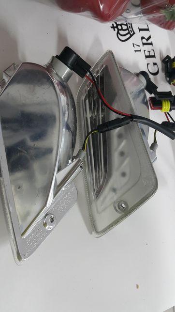 Kierunkowskazy przednie LED Vespa GTS + wiązka