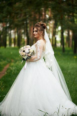 Сукня весільна 48р. платье свадебное