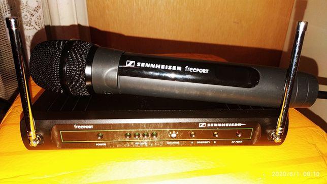 SENNHEISER Freeport FP35 две базы одна ручка