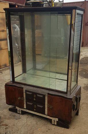 Vitrine vintage com gavetas