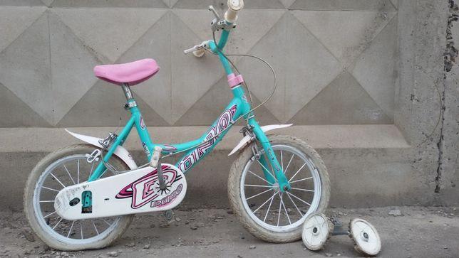 """Продам детский велосипед 14"""" .От 3 до 6 лет"""