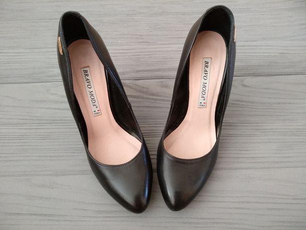 Кожаные туфли Bravo Moda