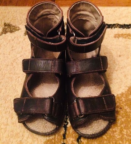Босоніжки сандали ортопеди Ortofoot 19 см