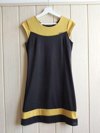 Czarna sukienka Fashion , S/M