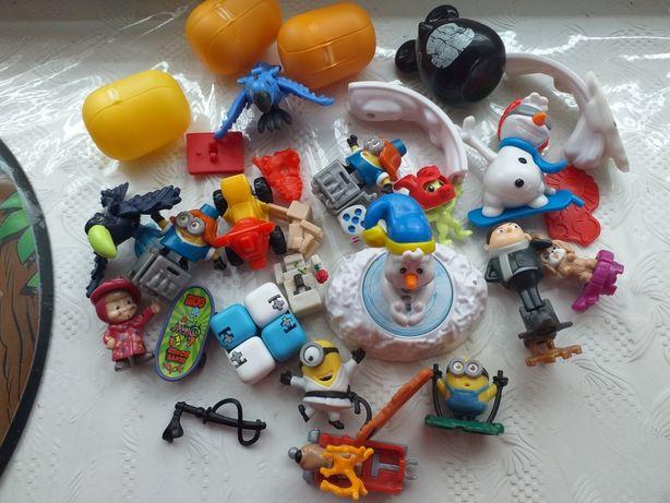 Пакет игрушек  киндеров
