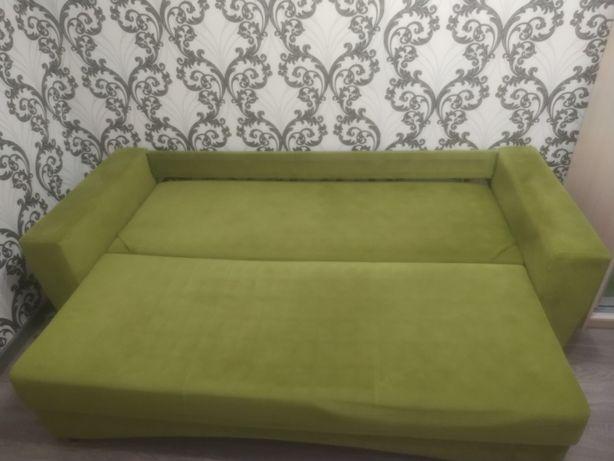 Продам двох спальний диван