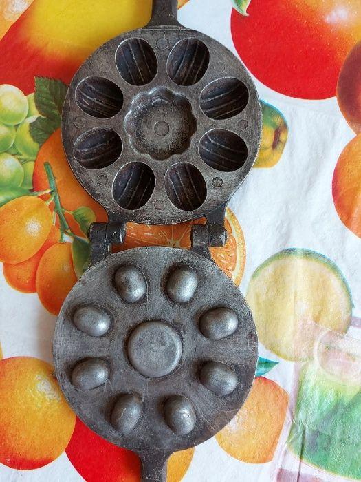 вафельница формы для орешков 300 рублей Луганск - изображение 1