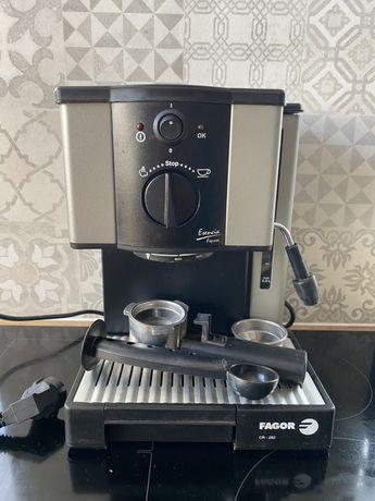 Ekspres do kawy kolbowy kawa mielona
