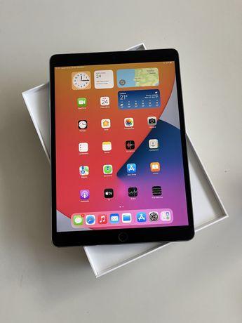 "iPad Pro 10,5"" 256Gb Cinzento Sideral + Apple Pencil + Smart Cover"