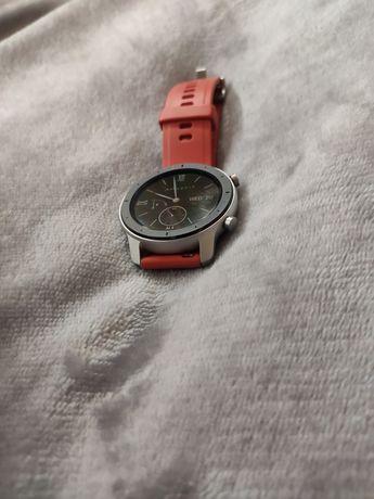 Amazfit GTR, смарт часы + 2 ремешка + 2 защитных стекла + коробка