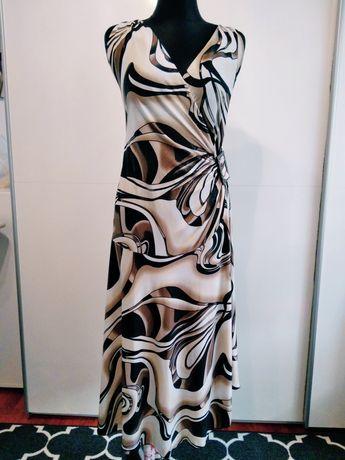 Sukienka we wzory midi