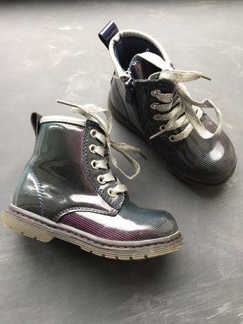 Демісезонні чобітки 25розмір