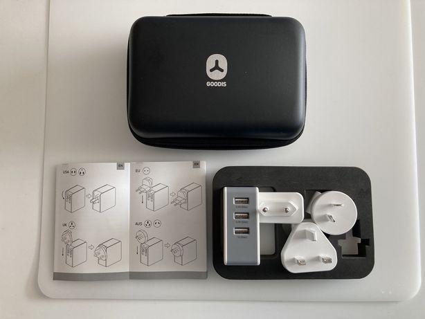 Adaptador Carregador de Viagem GOODIS USB universal UK, EU e Austrália