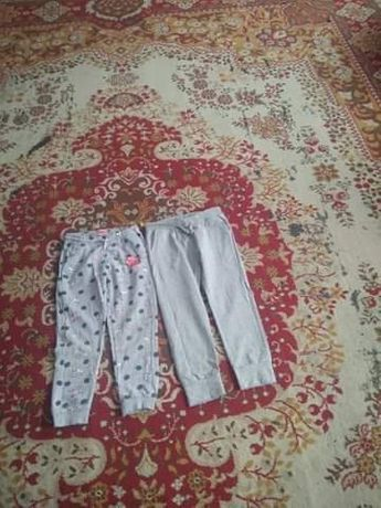 zestaw ubranek spodnie i koszulki z smyka