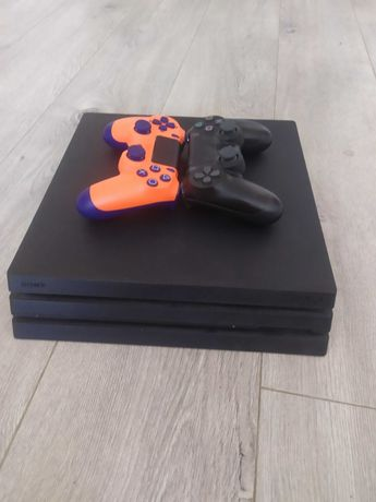 Игровая консоль PS4 pro