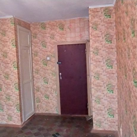 Комната в коммуналке на ХБК. Район 'Росинка'