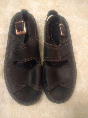 Босоножки,сандали кожаные Gpbarnes р.43