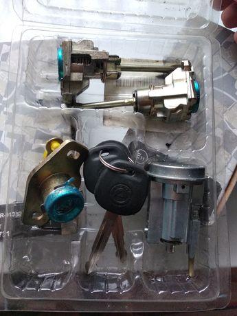 Комплект замков с ключами на Geely CK, CK 2