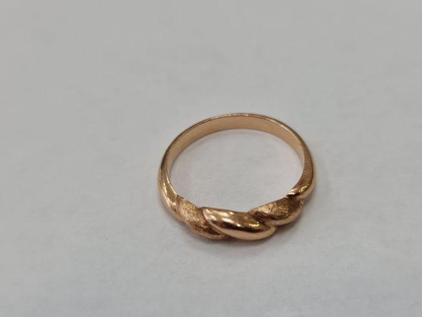 Klasyczny złoty pierścionek damski/ 585/ 2.66 gram/ R13/ Lite złoto