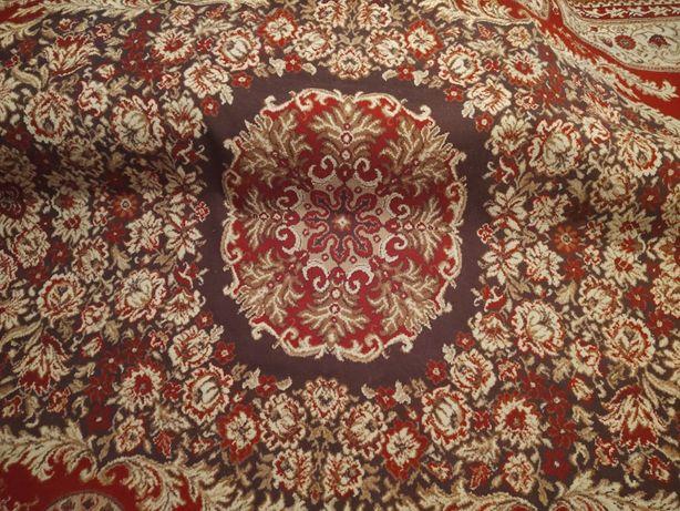 Duży dywan wełniany