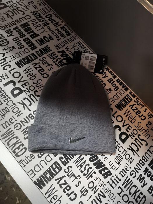 Czapka zimowa Beanie Nike Dzierżoniów - image 1