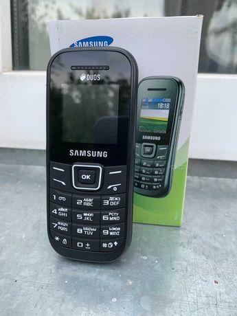 Мобильный телефон Samsung E1202 Dual Sim (абсолютно новый)