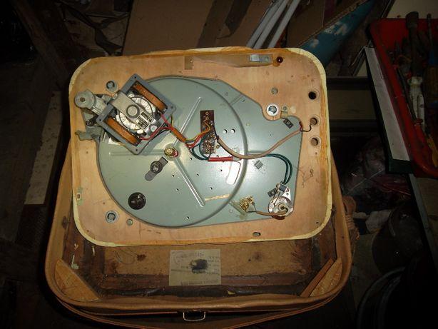 Stary gramofon Maestro