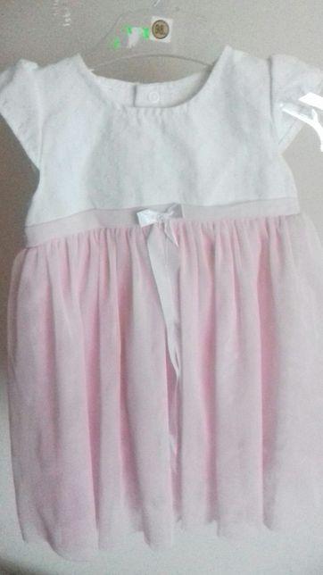 Śliczna biała pudrowa sukienka do chrztu, na wesele tiul pudrowy róż