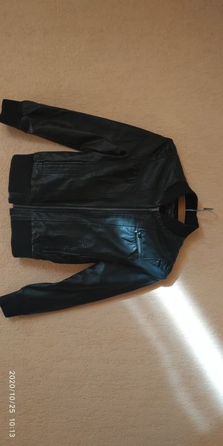 Курточка на девочку 12 лет