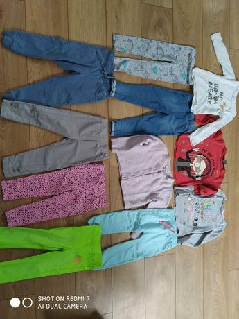 Zestaw dziewczynka 98-104 spodnie, buzki