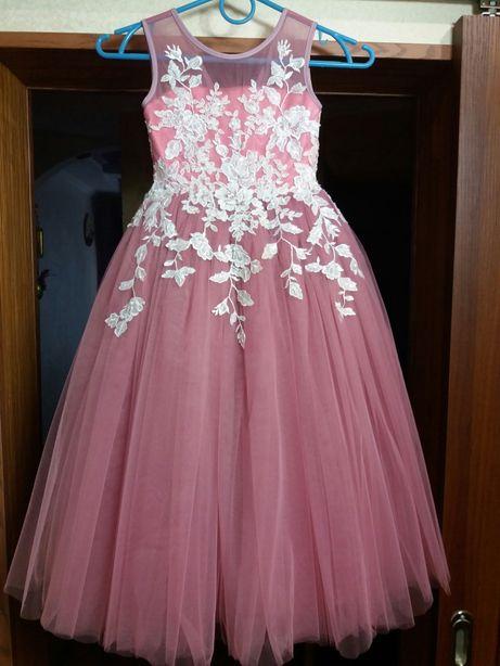 Нарядное платье выпускное