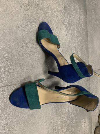 Sandały na obcasie r. 37 CCC