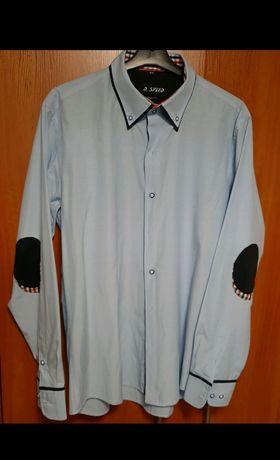 Niebieska koszula w drobne kropki
