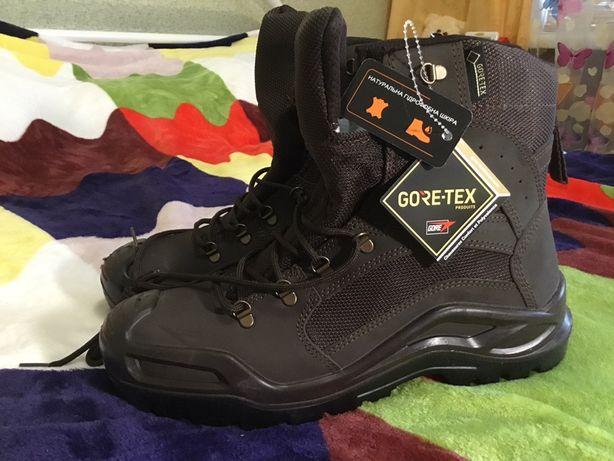 Военные ботинки с высокими берцами летние