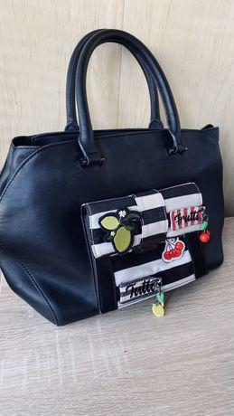 Интересная женская сумка Parfois