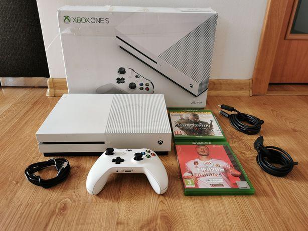 Xbox one s 1TB / Pad / Fifa 20 i Wiedźmin 3 / PUDEŁKO / Okablowanie!!