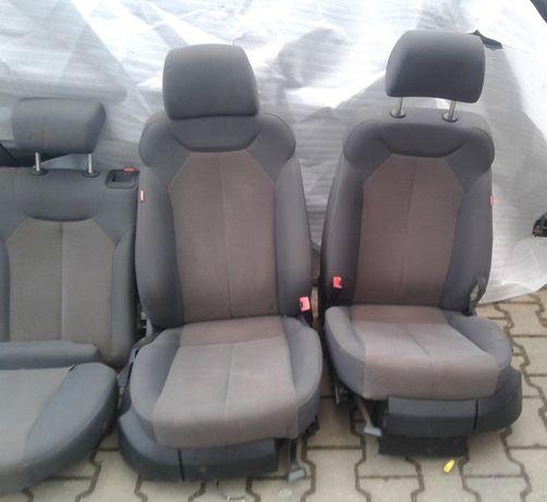 2 Fotele Przednie Europa Seat Leon II 2 Lift 2010r Przód Prawy Lewy 1P