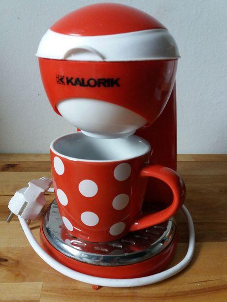 Ekspres ciśnieniowy do kawy Kalorik, zestaw z ceramicznym kubkiem